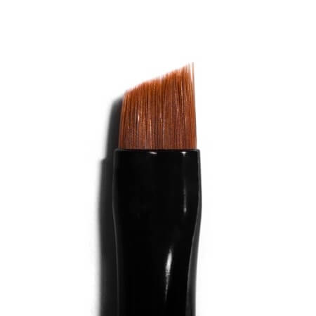 HD Brows Super-Fine Angled Brow Brush Close Up